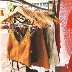 Image about girl in ~Bohemian~ by Katarina on We Heart It Hippie Bohemian, Boho Gypsy, Hippie Style, Bohemian Style, Boho Chic, Hippie Vibes, Hippie Chick, Only Shorts, Boho Fashion
