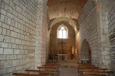 Prin Deyrancon (79) la nef et le chœur de l'église ND