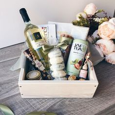 Super gifts for sister diy birthday Ideas Birthday Gift Baskets, Birthday Box, Birthday Woman, Birthday Gifts For Best Friend, Sister Birthday Gift, Birthday Gifts For Women, Gift Baskets For Women, Presents For Friends, Boyfriend Gifts