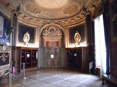 Antichambre-MuséeCondé.jpg