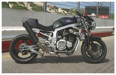 """Da Funk"" GSXR 1260 by www.paulfunkdesign.com Gsxr 1100, Awesome Definition, Custom Motorcycles, Old Skool, Street Fighter, Toyota, Bike, Tattoo, Classic"