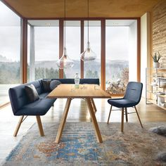 Trendy dining Trendiges Esszimmer Bright, friendly and comfortable, Vencer invites you to many convivial hours. Luxury Dining Room, Dining Room Design, Dining Chairs, Dining Table, Living Room Decor, Indoor, Interior Design, Furniture, New Homes