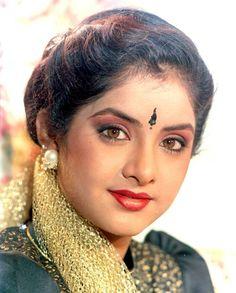 Divya Bharti Biography, Age, Death Info, Husband, Family, Caste, Wiki & More