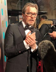 Gary arrives on the Red Carpet.BAFTA Awards 2018 in London. Beautiful Hands, Beautiful Men, Cinema Times, The Baftas, Tim Roth, Wolfstar, Romantic Pictures, Gary Oldman, Colin Firth