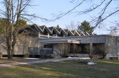 The mourning hall of the Westhausen Cemetery is a very little known project. It features a great folded plate roof.Günter Bock: Westhausen Cemetery Remembrance Hall 19551966  http://ift.tt/25CSr40  Photo: Karsten11 2010 (public domain)