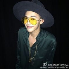 G-Dragon / Weibo (141028)