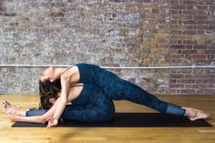 Here are my favourite partner stretches to do. If you want to try these, please be careful with your friends and take it slowly. Partner Stretches, Contortion, Flexibility Workout, Massage, Couples, Fitness, Stretching, Workshop, Yoga