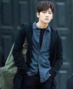 ❤❤ 지 창 욱 Ji Chang Wook ♡♡ that handsome and sexy look . Ji Chang Wook Smile, Ji Chang Wook Healer, Ji Chan Wook, Asian Actors, Korean Actors, Park Hyung Sik, Empress Ki, Korean Star, Korean Artist