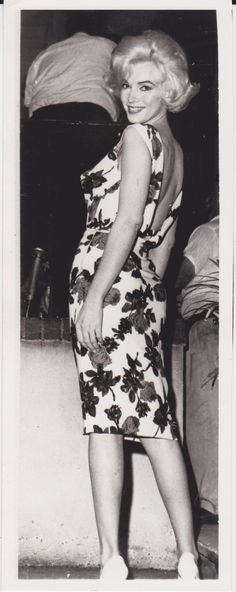 Date: August 5, 1962 Category: Celebrity Candid Subject: Marilyn Monroe Original: Yes Color: B&W Size (approx.): 3 1/4 x 8 Type: Type I Stamped: Date and Associated press