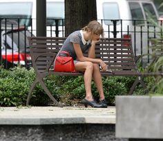 PsBattle: Sad Taylor Swift