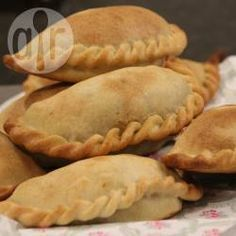 Recipe Print Authentic Beef Empanadas with Homemade Empanada Pastry recipe - All recipes Australia NZ Pastry Recipes, Cooking Recipes, Beef Empanadas, Fried Beef, Cookies Et Biscuits, International Recipes, Allrecipes, Mexican Food Recipes, Food Processor Recipes
