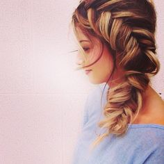 how to make perfect braid, read blog for hair tutotrial |Good hair days make me feel like I can rule the world . #hairdo #hairextensions #cliphairlimited #cliphair #fishtailbraid #braids #beauty #hairgoals #styles  #longhair