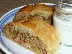 Austrian Recipes, Spanakopita, Deli, Lunch, Bread, Cooking, Ethnic Recipes, Food, Basket