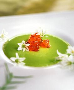 Pea soup with onion blossoms