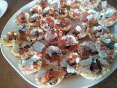 Open Faced Empanadas with Tomato, Basil and Mozzarella. My go to appetizer for everything!   Pintertesting