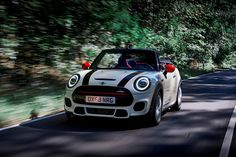 2021 Mini John Cooper Works Convertible Front View Driving Photo Mini Cooper Models, Audi Tt Roadster, Fiat 124 Spider, Mini Cooper Convertible, John Cooper Works, Entry Level, Fuel Economy, Automatic Transmission, Driving Test