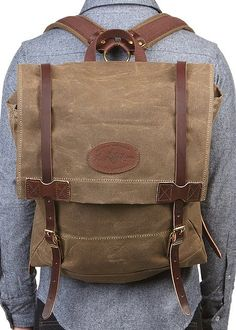 Great Day Pack or One Nighter Frost River Wax Cotton & Leather Backpack Leather Backpack, Leather Bag, Backpack Straps, School Backpacks, Canvas Leather, Leather Working, Swagg, Leather Craft, Round Diamonds