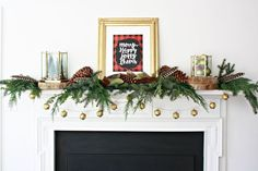 Make a Merry Happy Christmas Mantel using this Lumberjack Plaid Christmas Printable and some fresh greenery. Simple Christmas decor for your mantel. Christmas Wreath Image, Christmas Door Decorations, Christmas Centerpieces, Christmas Wreaths, Holiday Decor, Christmas Tree, Elegant Christmas, Simple Christmas, Handmade Christmas