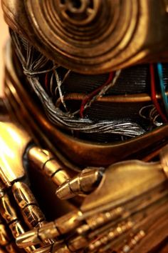 C-3PO Star Wars Hands Close-up iPhone 5 Wallpaper