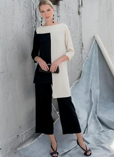 Sewing Pattern for Misses Tunic - Pants, Vogue Pattern Womens Tunic & Pants, Tom and Linda Platt - American Designer Original, : Modello di cucitura per Misses Tunic Pantaloni Vogue Diy Wedding Dress, Wedding Dresses Plus Size, Vogue Patterns, Elegantes Outfit Frau, Plus Size Sewing Patterns, Mode Hijab, Pants Outfit, Beautiful Outfits, Ideias Fashion