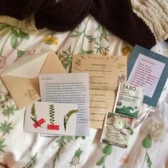Plants Are Friends — is the cutest penpal Pen Pal Letters, Cute Letters, Aesthetic Letters, Mail Art Envelopes, Snail Mail Pen Pals, Letter Photography, Arte Sketchbook, Envelope Art, Handwritten Letters