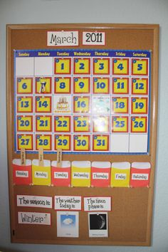 Simple calendar: label today, tomorrow, yesterday with lolly sticks