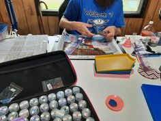 """""""Getting my son started diamond painting for the first time! #LibertysLight #momandsonbondingtime"""" 📸 Wendy GA 🖼 """"Liberty's Light"""" by Michael Humphries Glow Effect, Diamond Paint, Light Art, Tool Kit, Canvas Material, First Time, The Dreamers, Color Blocking, Drill"""
