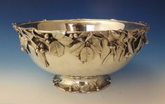 Whiting sterling silver punch bowl with applied holly and mistletoe leaves and berries - New York, Vintage Silver, Antique Silver, Silver Dresser, Antique Dining Tables, Antique Cupboard, Sterling Silver Flatware, Holly Leaf, Serving Dishes, Punch Bowls