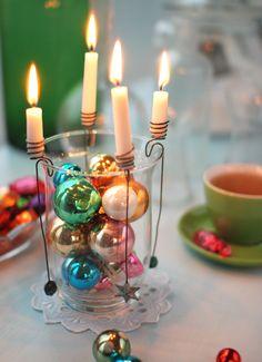 Advent decoration #vintage glass ornaments Advent Candles, Christmas Candles, Cozy Christmas, Christmas Centerpieces, Christmas Wedding, Christmas 2017, Christmas Holidays, Christmas Crafts, Christmas Decorations