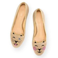 Cheeky Kitty turns on the charm with her adorable irreverence. Any look is lifted with this light-hearted version of the signature Charlotte Olympia Kitty Flat in mink velvet.  CHEEKY KITTY|SLIPPER|Charlotte Olympia SHOES