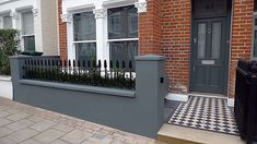 Front Garden Design grey walls planting Balham Clapham Wandsworth Battersea Source by Victorian Front Garden, Victorian Terrace, Victorian Front Doors, Building A Pergola, Pergola Plans, Beautiful Home Gardens, Beautiful Homes, Small Front Gardens, Small Front Garden Ideas Modern