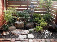 Small Japanese garden design instead of basic front patio. Small Space Gardening, Garden Spaces, Small Gardens, Outdoor Gardens, Zen Gardens, Small Japanese Garden, Japanese Garden Design, Japanese Gardens, Small Oriental Garden Ideas