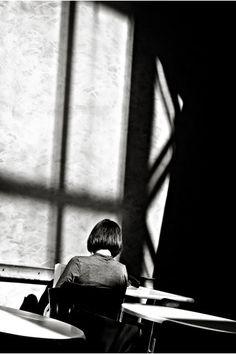 André Kertész, Leitura duma jovem mulher