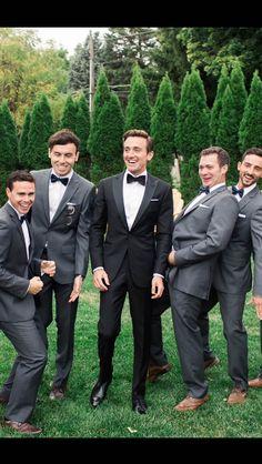 Groom S Clic Black Tuxedo For Outdoor Vintage Wedding More Details Visit Blacklapel Formalattire Groomsmen Groomsattire