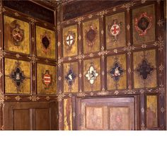 Canons Ashby - I would love to have my family coats of arms as a frieze around the ceiling of my office