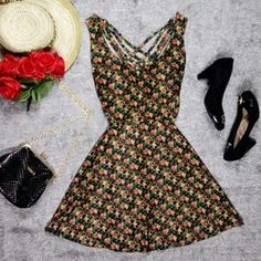 Vestido Especial Mini Flores