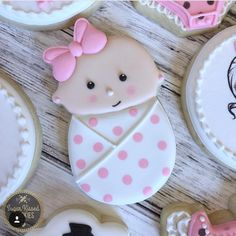 "289 Likes, 8 Comments - Judit Reding (@thesweetdesignsshoppe) on Instagram: ""Still one of my favorite cutters. @sugarkissedcookies thank you for sharing.…"""