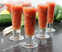 Classic Gazpacho is about as refreshing & summery as it comes. Make this and you and your guests will blown away. Serve chilled or room temp! Summer Recipes, Great Recipes, Soup Recipes, Cooking Recipes, Dinner Recipes, Favorite Recipes, Tomato Gazpacho, Gazpacho Soup, Mexican Food Recipes