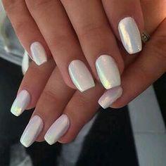 looks like pearl....omgosh i love this!!!-Jooo