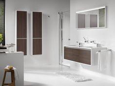 Strakke moderne badkamer moderne badkamers pinterest vans - Badkamer donker ...