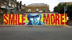 STREET ART - SMILE MORE -  (Straatkunst)