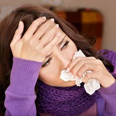 From shopping to staying up late, a number of daily activities can make catching a cold more likely. Find out what they are and how to prevent infection. Homeopathic Remedies For Allergies, Allergy Remedies, Health Remedies, Home Remedies, Natural Remedies, Cough Remedies, Herbal Remedies, Flu Symptoms, Allergy Symptoms