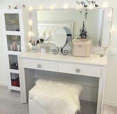♔ Vanity Tables   Uℓviỿỿa S.