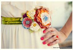 {Etsy Spotlight} Curvy Carnival Wedding    Pretty Pear Bride