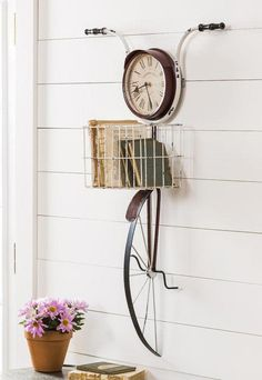 101 Unique Wall Decorations Ideas To Create Beautiful Home - Are you searching for a way to add beauty and personality to your home? Then consider adding unique wall decor. When you think of unique wall decor on. Antique Wall Decor, Diy Wall Decor, Diy Home Decor, Wall Decorations, Creative Wall Decor, Antique Clocks, Bicycle Decor, Bicycle Clock, Bicycle Sink