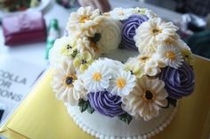 butter cream flower cake at Be with :-)