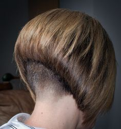 Angled Bob Haircuts, Stacked Bob Hairstyles, Girls Short Haircuts, Short Hair Cuts, Short Hair Styles, Short Angled Bobs, Undercut Bob, Shaved Nape, New Hair