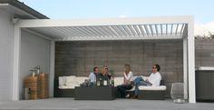 Onze producten: zonwering, zonnewering, zonnescherm, screens, pergolas ... (Outdoor Living pergolas - B-200 - regelbare Lamellen - Realisaties)