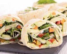 Wraps croquants régime aux carottes, concombres et épinards : http://www.fourchette-et-bikini.fr/recettes/recettes-minceur/wraps-croquants-regime-aux-carottes-concombres-et-epinards.html