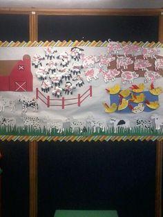 Farm Week Bulletin Board #preschool #farm #projects Class Art Projects, Farm Projects, Classroom Walls, Classroom Themes, Farm Bulletin Board, Farm Animal Crafts, Farm Animals, Art For Kids, Crafts For Kids
